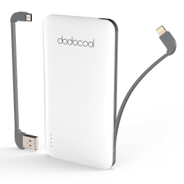 dodocool MFi Certified Ultra Slim 5000 mAh 2-Port Power Bank Portable Charger Backup External Battery Pack with 40 cm Micro-USB Charging Cable Detachable Micro USB Cable and Lightning Cable White